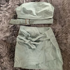 Dresses & Skirts - Two piece Set NEVER WORN